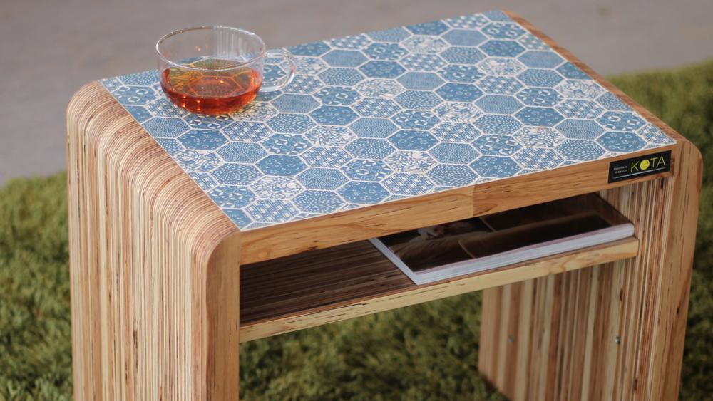 和柄センターテーブル(和柄ブルー)小テーブル-和柄アップ